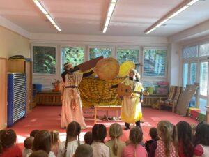 Mísa plná ovoce – Divadlo Neklid